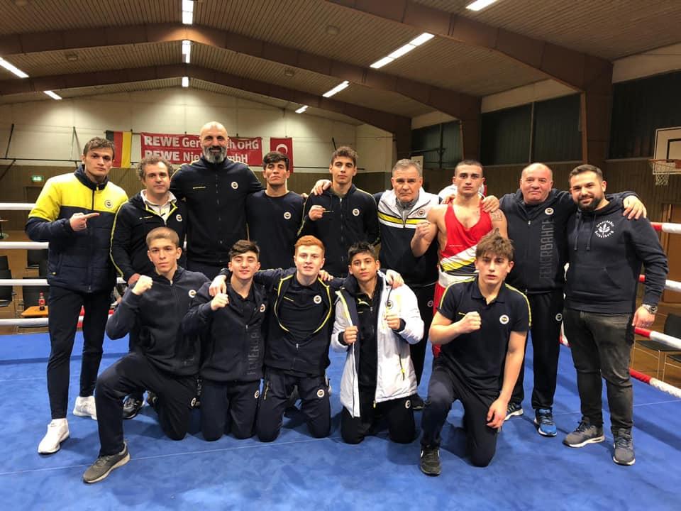 Boxfest in Wangen mit Fenerbahçe